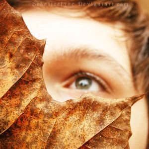 Autumn's Eyes by ElyneNoir