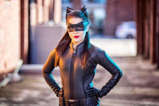 #TDKRCatwoman @lanamarielive Photo: @luxestudioproductions