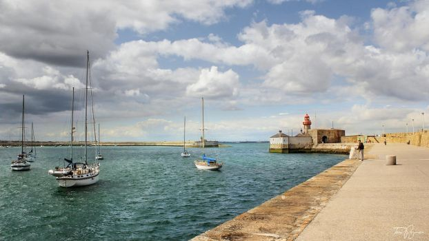 Summer Day in Dun Laoghaire by Pajunen