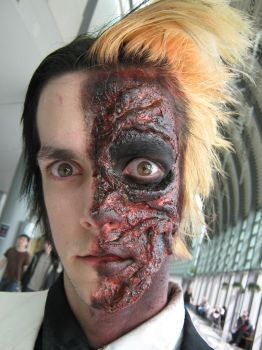 TwoFace WizardCon Closeup by mindlessLink