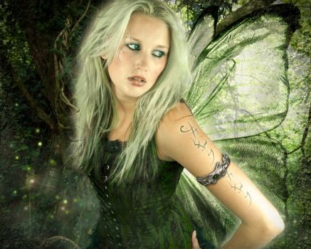 Woodland Faerie by Carcherwills