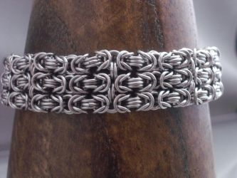 Byzantine Cuff Chainmail Bracelet by Pharewings