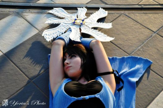 Rinoa Heartilly with weapon by PrincessRiN0a