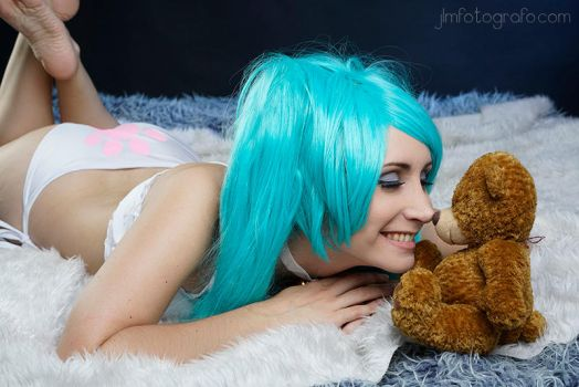 GeekAndMonday - Hatsune Miku by MorganaCosplay