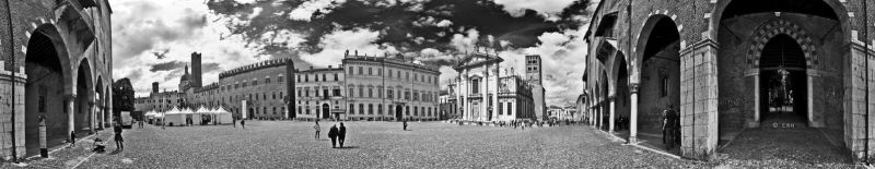 Piazza Sordello by crh