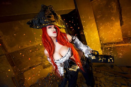 League of Legends: Miss Fortune by JoviClaire