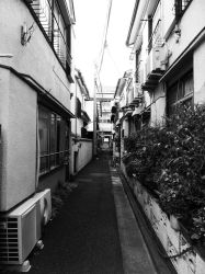 The other side of Tokyo by ChocoMiluku