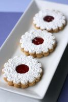 Linzer Cookies 1 by bittykate