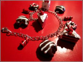 Red and brown bracelet by Contugeo