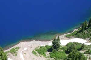 Crater Lake Shore by ryanpm