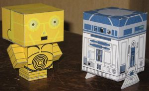 C3PO and R2D2 Cubees by paperart