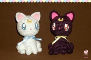 Amigurumi - Luna and Artemis by PurringCakes