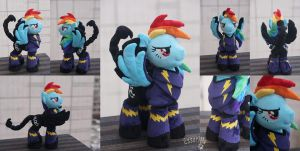 Rainbow Dash in Shadowbolts (FoE, Enclave) armor by Essorille