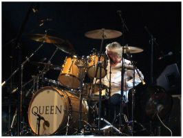Queen Tour 2005: Roger Taylor by Fox82