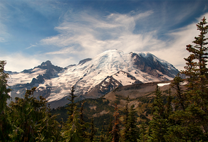 Mount Rainier by LarryGorlin