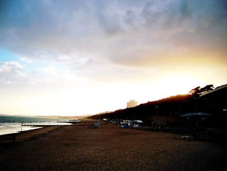 Sunset In Bournemouth by DragonTM