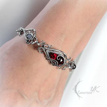 YARGHNIZ - Silver, Red Quartz and Garnets. by LUNARIEEN