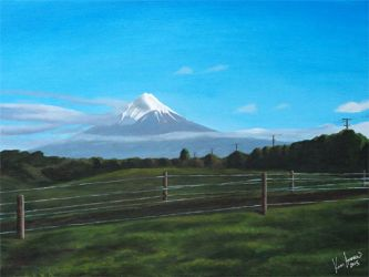 Mt Taranaki by karlandrews