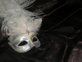 Masked ball by OnlyImMirian