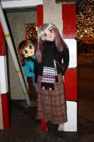 sonya and red at the plaza lights by mechataku