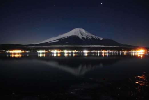 A winter Fuji by sarafay