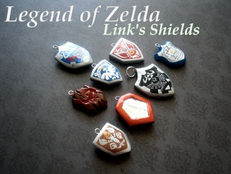 Links Shield Charms by GandaKris