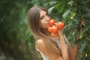 Tomato Girl by ArtofdanPhotography