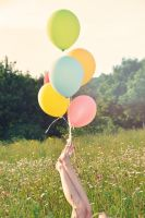 Like a balloon by Holunder