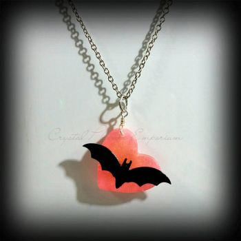 Vampire Bat heart by Desolo-Amour