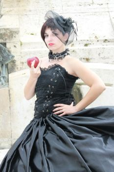Snow White Evil Queen OUAT by Cosmy-Milord