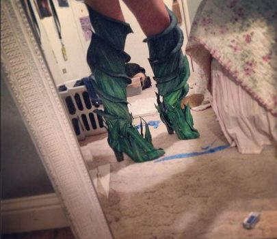 Caithe WIP (boots) by CosplayInABox