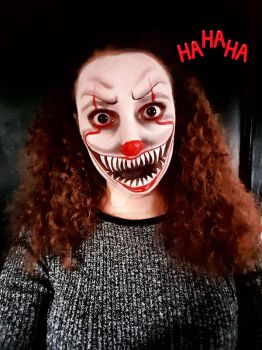 Face Paint Practice Of Pennywise. :3 by ShannonxNaruto