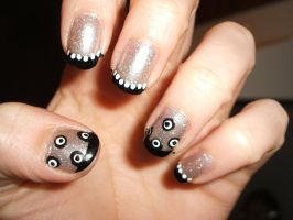 Black and White Dots by lettym