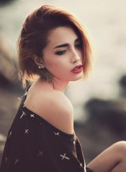 Classic red lips by bwaworga