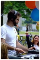 The DJ and his Bubbles by The-Chez