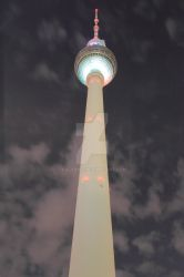 Berliner Television Tower by Kalabint