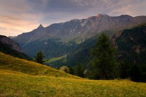 Valley of Peisey-Nancroix by vincentfavre