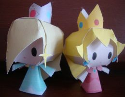 Rosalina and Peach Papercraft by AnimeGang