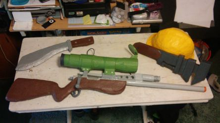 TF2 cosplay props by tomahachi12