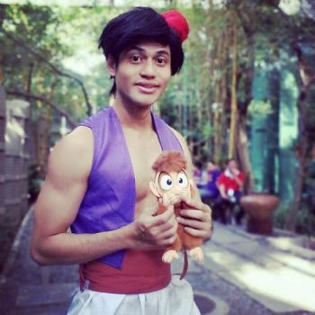 Aladdin Cosplay - Bookerville 2014 by riezforester