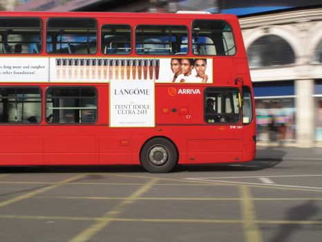 Red Double Decker by Tiny-Feet