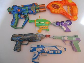 Space Rover's arsenal, kickstarter commission by chicgeekmsw