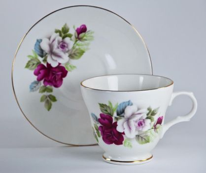Cup with Saucer roses by avyva