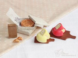 Cheese by OrionaJewelry