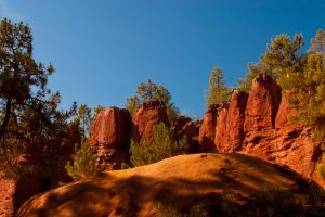 Roussillon Colorado VII by DeviantTeddine