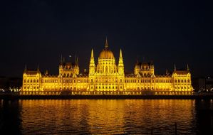The Parliament by Aino6