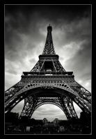 Paris Eiffel by xMEGALOPOLISx