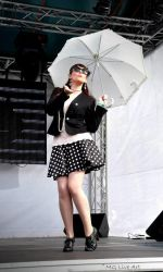 Pin up on stage by MalwinaD