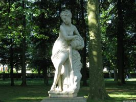 My favourite statue by Momotte2