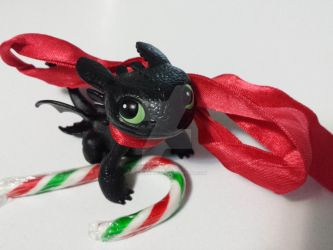 Toothless' Christmas by printingpony85